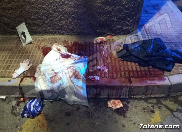 They look for a young man for stabbing ten times another in Totana - 1
