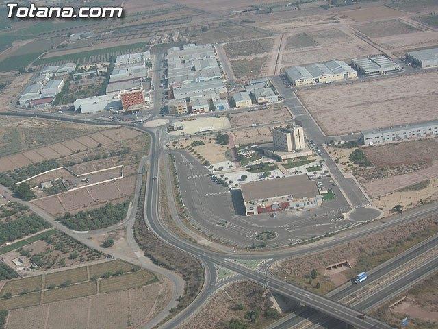 Proinvitosa vende una parcela de suelo industrial a una empresa de fabricación de tubos y tuberías de acero, Foto 1