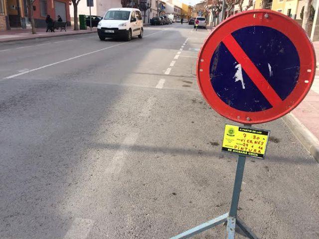 Realizan trabajos de repintado de la señalización horizontal en algunas calles del centro urbano de Totana, Foto 4