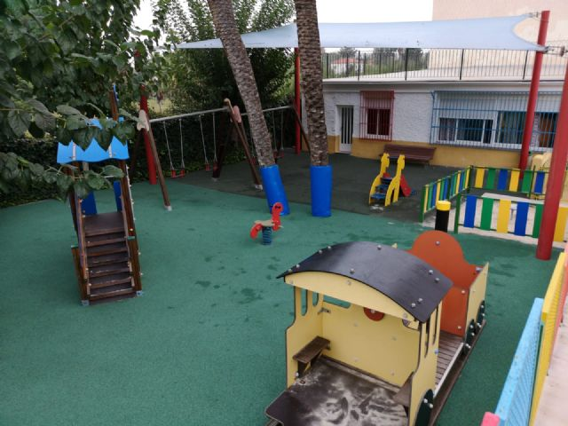 El Ayuntamiento de Molina de Segura invierte unos 50.000 euros en obras de mejora en los parques de las escuelas infantiles La Inmaculada, Consolación y Cañada de las Eras - 1, Foto 1