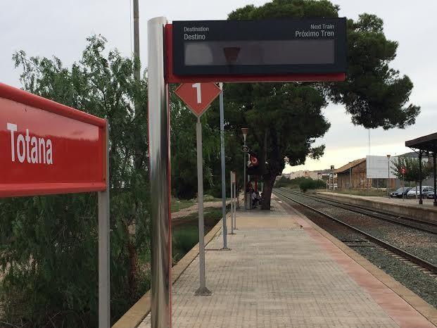 Cortar�n el tr�fico ferroviario entre Murcia y Lorca durante dos semanas por obras debido a la implantaci�n de nuevas instalaciones de seguridad; del lunes 11 al s�bado 23 de febrero, Foto 1
