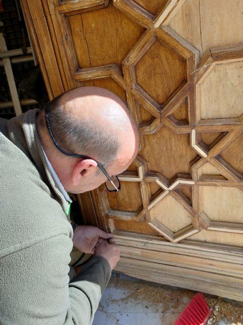 Restauración y rehabilitación de la puerta de la Casa de Cultura - 2, Foto 2