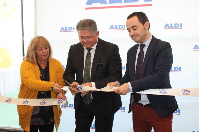 El alcalde de Los Alcázares inaugura un nuevo establecimiento en el municipio - 1, Foto 1