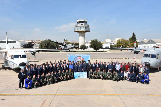 """100.000 horas de vuelo del t12-b aviocar. """"Nunca tan pocos lanzaron a tantos"""" - 5, Foto 5"""