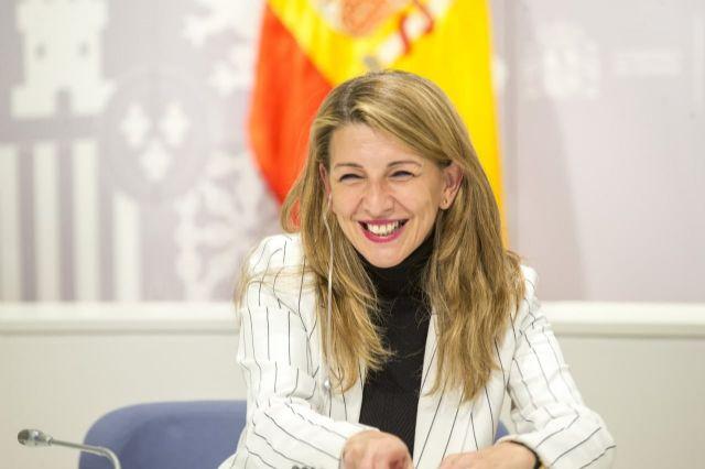 Yolanda Díaz y el viceprimer ministro belga acuerdan impulsar un grupo de trabajo para promover la propuesta de directiva de Salario Mínimo europeo - 1, Foto 1