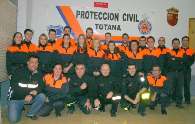 El Ayuntamiento acuerda suscribir el convenio anual con la Agrupaci�n de Voluntarios de Protecci�n Civil, Foto 1