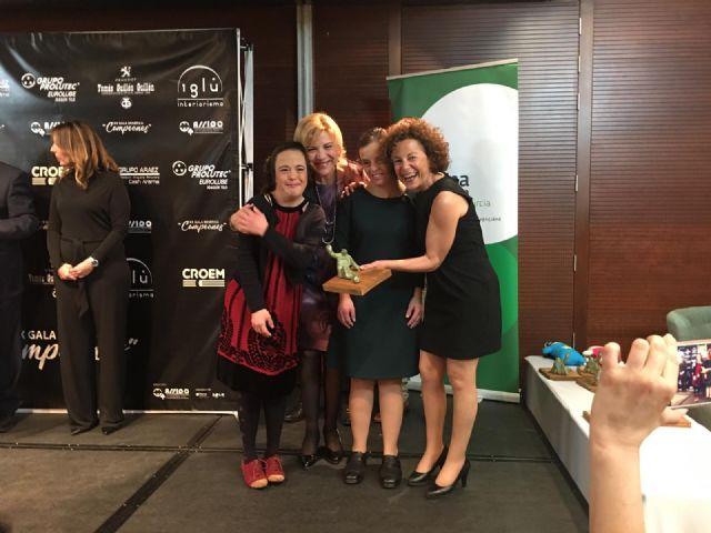 Quirónsalud Murcia recibe el Premio Campeones al Servicio de Empleo de ASSIDO - 1, Foto 1