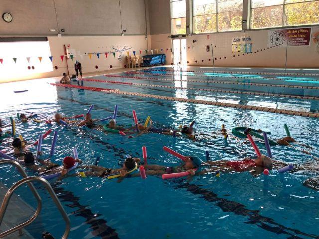Actividades de natación en los colegios de Alhama, Foto 4