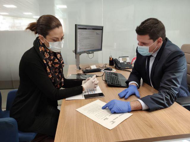 El Ayuntamiento de Archena destina 3.000 euros para ayudar a los casos afectados por el coronavirus, gracias a un convenio firmado con  Caixabank - 1, Foto 1