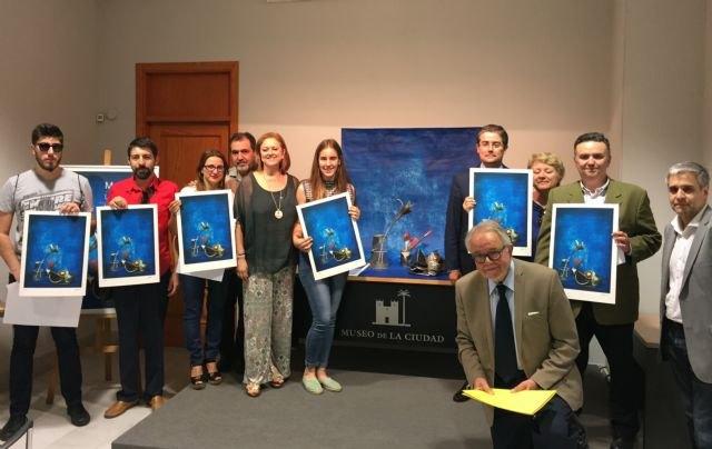 Comunidad y Ayuntamiento de Murcia entregan las obras de Ángel Haro a los ganadores de ´La noche y el día de los museos´ - 1, Foto 1