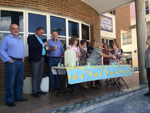 Comienzan las fiestas del Centro Municipal de Personas Mayores de la plaza Balsa Vieja, Foto 3