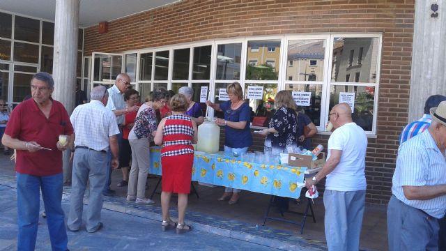 Comienzan las fiestas del Centro Municipal de Personas Mayores de la plaza Balsa Vieja, Foto 6