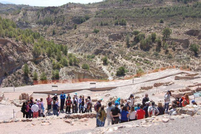 A partir de hoy comienza el horario de verano de las visitas guiadas al yacimiento argárico de La Bastida, Foto 1
