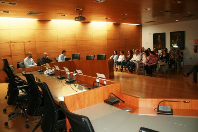 El Ayuntamiento inicia la implantaci�n de la Administraci�n Electr�nica, Foto 6