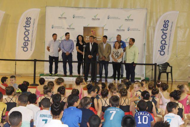 La FFRM dona dos desfibriladores para instalaciones deportivas de San Pedro del Pinatar - 2, Foto 2