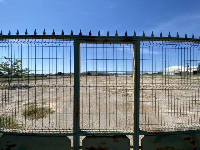 El levantamiento de la suspensión de los plazos administrativos permite al Ayuntamiento de Puerto Lumbreras requerir la limpieza de los solares a sus propietarios - 1, Foto 1