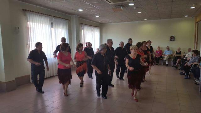 Los Talleres del Coro y Bailes de Salón de los Hogares de Pensionista, despiden curso - 2, Foto 2