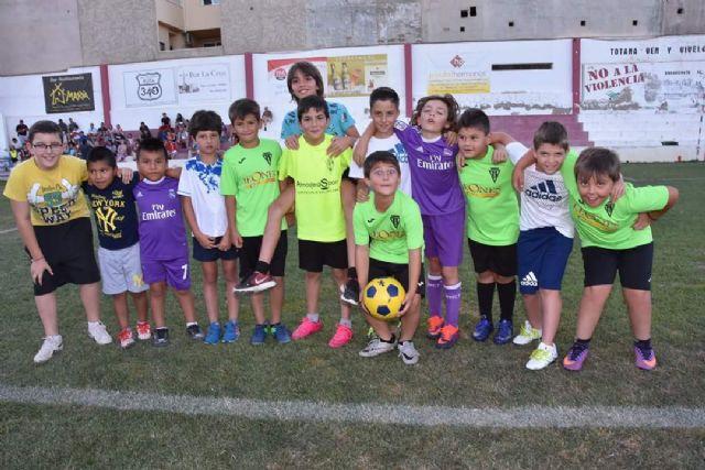 Éxito en la jornada de puertas abiertas organizada por la Escuela de Fútbol Base Olímpico de Totana, Foto 2