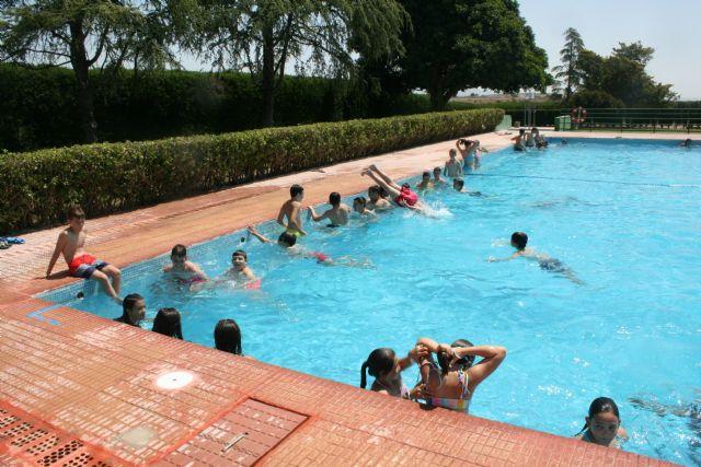 Abren sus puertas las piscinas públicas del Polideportivo Municipal
