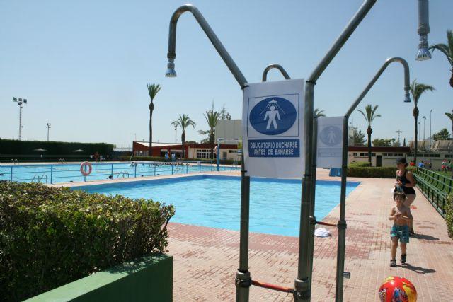 Abren sus puertas las piscinas p�blicas del Polideportivo Municipal 6 de Diciembre y el Complejo Deportivo Valle del Guadalent�n, dando comienzo a la nueva temporada de verano, Foto 3