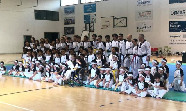 "The Totana Taekwondo Club closes season with an exhibition of its more than 80 students in the Sports Pavilion ""Manolo Ibáñez"""