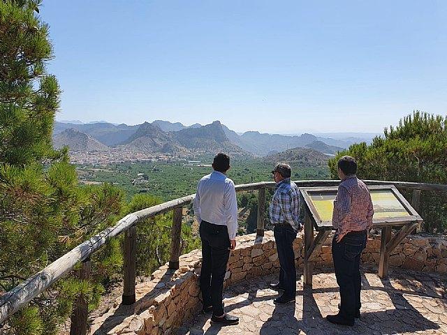 Visita consejero de agricultura y medio ambiente y director general de agua al municipio - 1, Foto 1