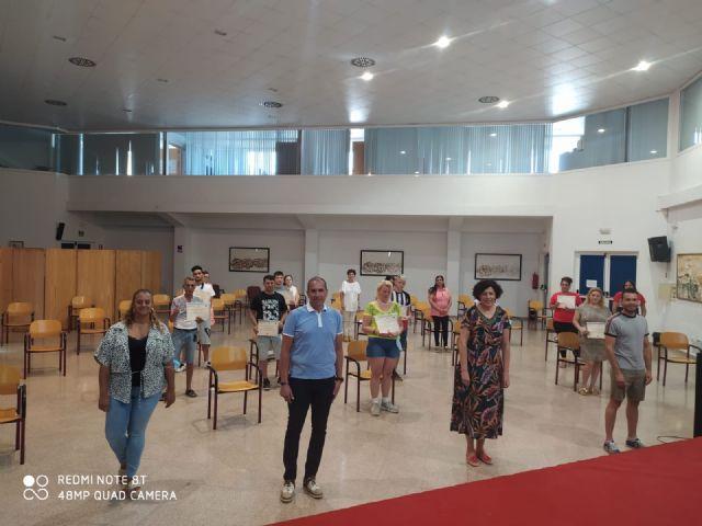 14 alumnos del Plan de Desarrollo Gitano se forman en jardinería y floristería con la colaboración del Ayuntamiento de Puerto Lumbreras - 1, Foto 1