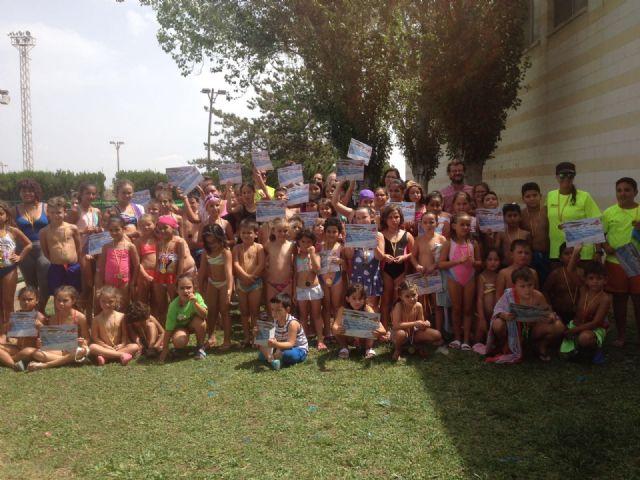 Un total de 560 personas han participado en los cursos de natación en las piscinas municipales - 3, Foto 3