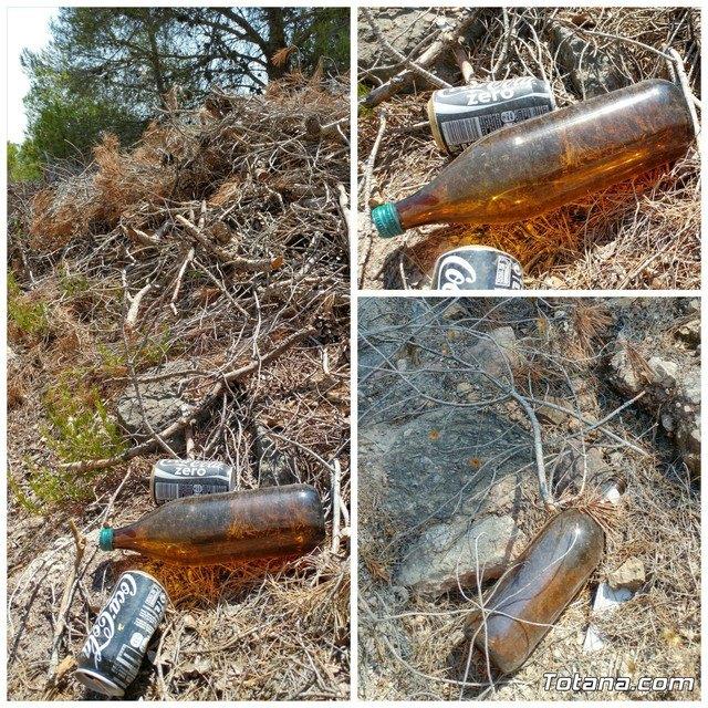 El abandono de residuos aumenta el riesgo de incendios forestales, Foto 2