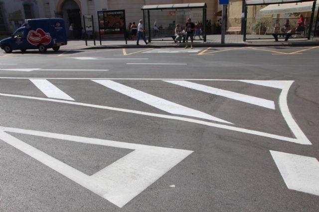 Repintado de marcas viales en varias calles del municipio, Foto 3