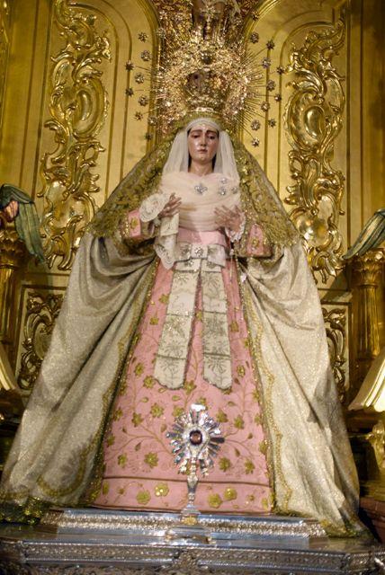La madre de Dios de Alcalá del Río ataviada para el periodo estival - 2, Foto 2