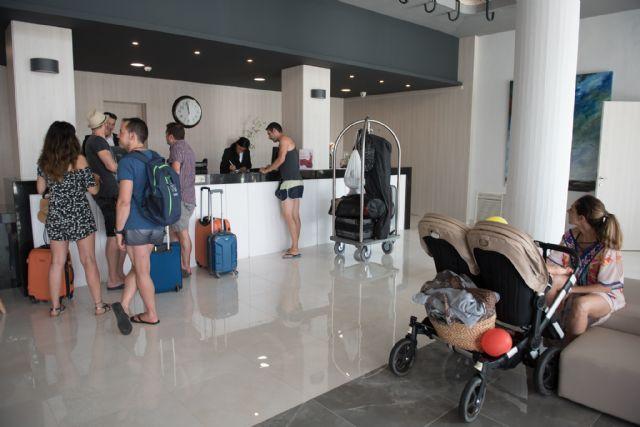Mazarrón llena sus hoteles durante el mes de agosto, Foto 1