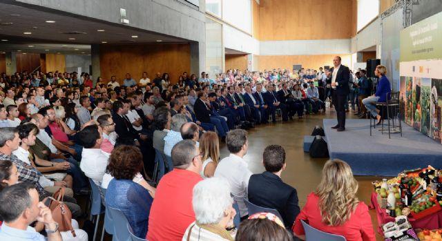 Pedro Antonio Sánchez: 500 jóvenes agricultores toman hoy el relevo en el sector agrario de la Región, Foto 2