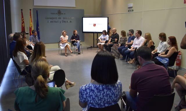 16 profesores de la Región, nominados a mejor docente en los premios nacionales Educa Abanca - 1, Foto 1