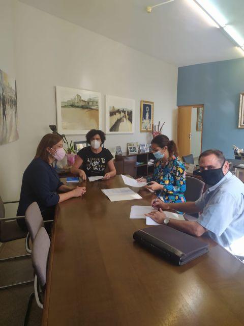 Ayuntamiento y Asociación Acción Familiar suscriben un convenio para impartir charlas de formación online para madres y padres de Puerto Lumbreras - 2, Foto 2