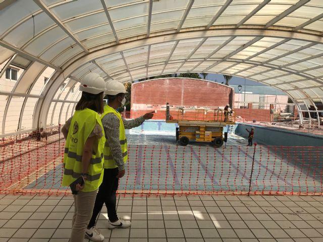 La retirada de la cubierta de la piscina del Polideportivo avanza a buen ritmo - 1, Foto 1