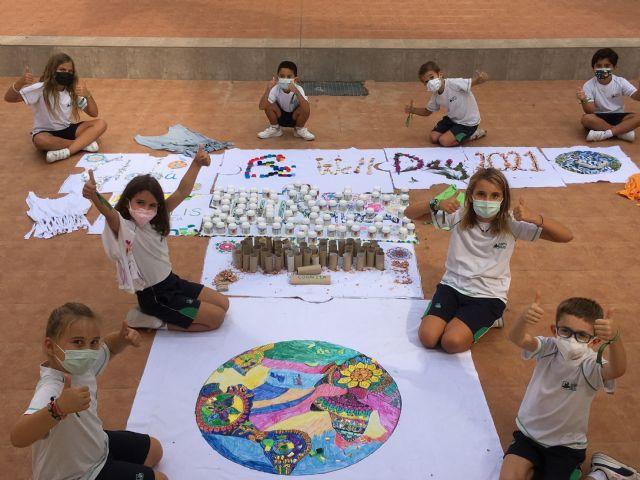1.300 alumnos de Murcia y Alicante se suman al Día Global del Bienestar junto a 65.000 estudiantes y profesores de todo el mundo - 2, Foto 2