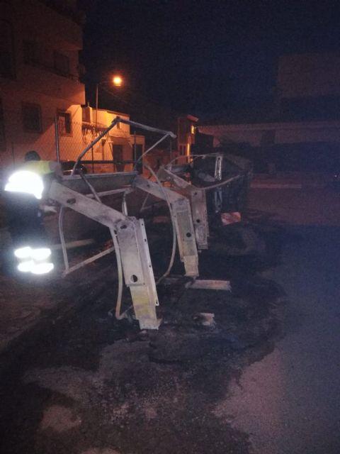 Puerto Lumbreras sufre actos vandálicos en mobiliario urbano, parques y jardines en la noche de Halloween - 3, Foto 3