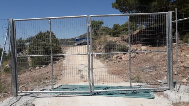 They denounce the cutting of a rural road in El Purgatorio, in Sierra Espuña
