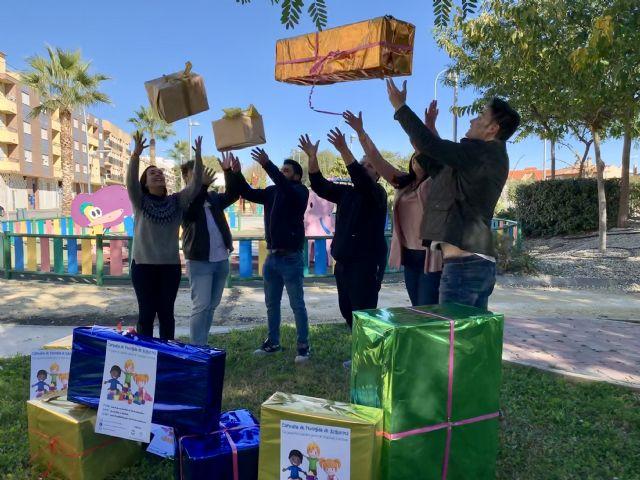 Nuevas Generaciones de Puerto Lumbreras impulsa una campaña solidaria de recogida de juguetes - 1, Foto 1