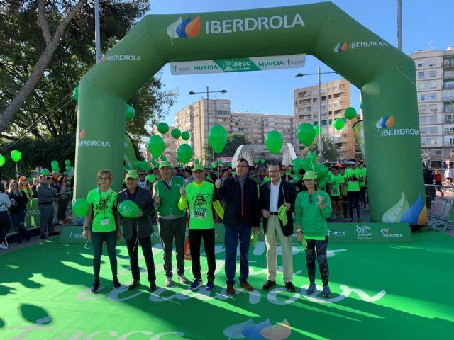 Alrededor de 4.000 corredores participan en la IV Marcha Solidaria de la Asociación Española contra el Cáncer en Murcia - 1, Foto 1