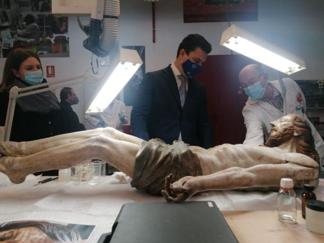 La restauración del Crucificado de la iglesia de San Francisco Javier concluirá antes de Semana Santa - 1, Foto 1