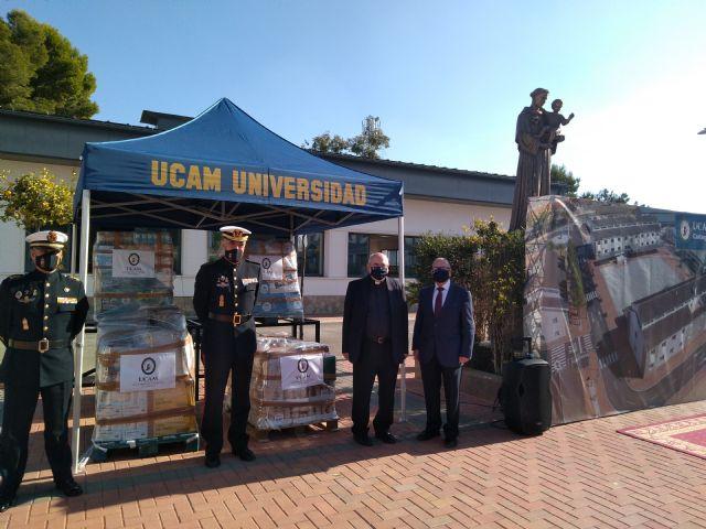 La UCAM entrega 1.500 kg de comida que militares distribuirán entre Cartagena y Caravaca - 1, Foto 1