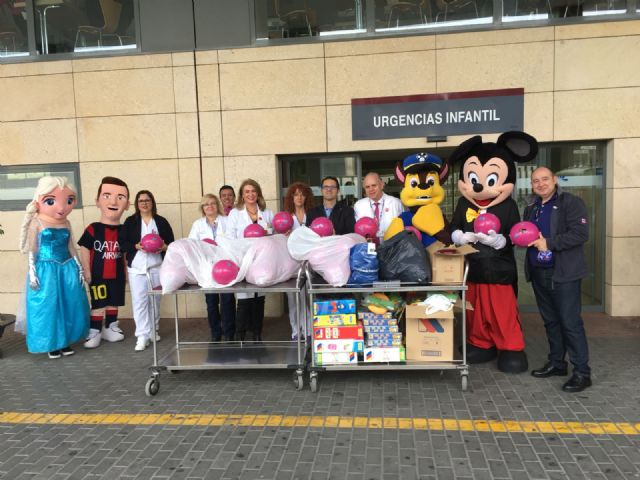 "La PB Totana, in collaboration with AELIP and D'Genes, develops the ""Illusion of solidarity"" project in the ""Virgen de la Arrixaca"" hospital in Murcia - 1"