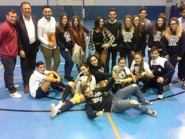 Juventud divino tesoro: la Peña festera 20 de copas de Las Torres de Cotillas - 3, Foto 3