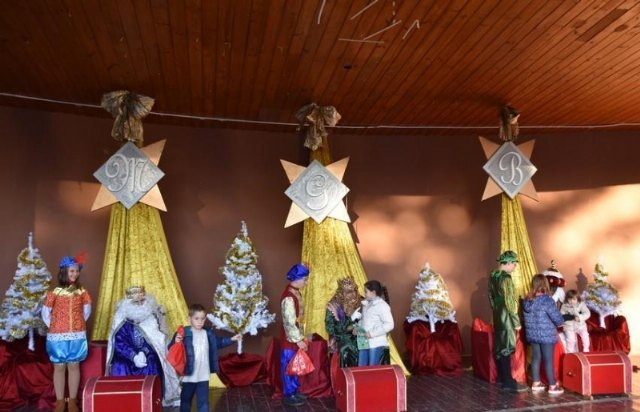 "SSMM the Magi will receive the letters of the children of Totana this Saturday in the municipal auditorium ""Marcos Ortiz"""