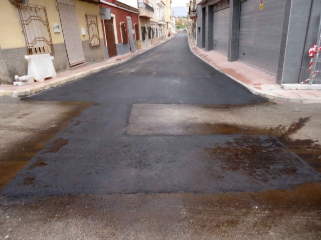 Completion of the renovation works of the drinking water and sewerage networks, and restoration of the sidewalks in Galicia Street, Foto 1