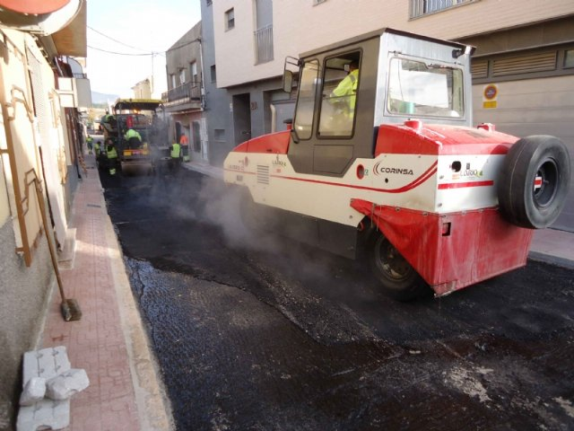 Completion of the renovation works of the drinking water and sewerage networks, and restoration of the sidewalks in Galicia Street, Foto 2