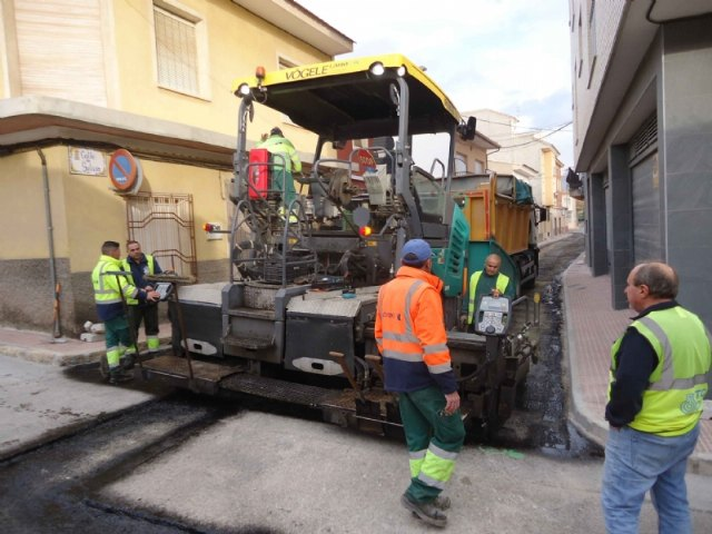 Completion of the renovation works of the drinking water and sewerage networks, and restoration of the sidewalks in Galicia Street, Foto 3