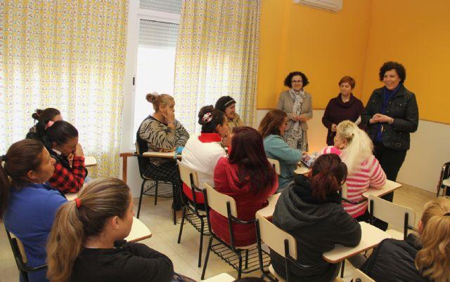 Puerto Lumbreras desarrolla un proyecto de atención integral con la comunidad gitana - 2, Foto 2